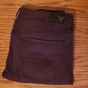 American Eagle maroon Jegging size 8
